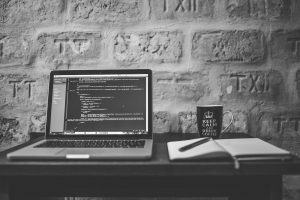 Laravel con Datatables Editor